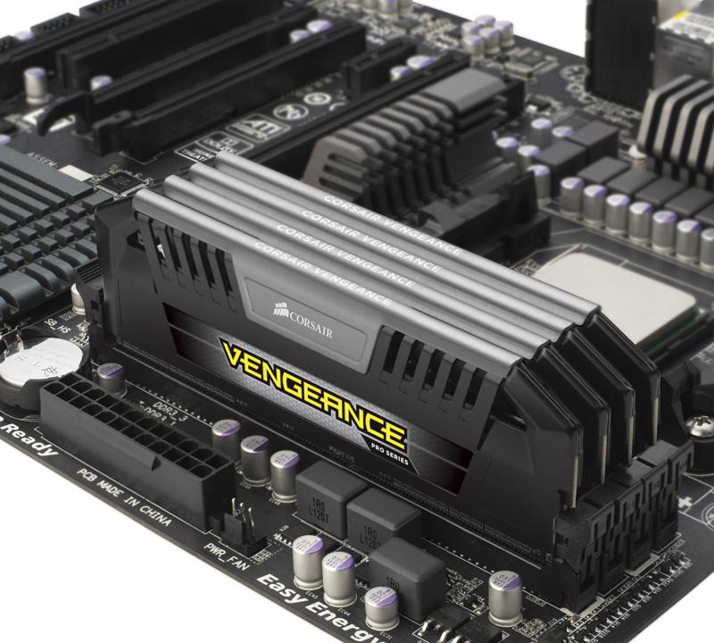 DDR3 Corsair Vengeance Pro.