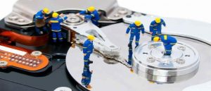 Hard Disk Sentinel - Kiểm tra sức khỏe ổ cứng toàn diện.